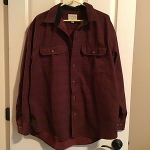 Men's Cabela's XL button up shirt.